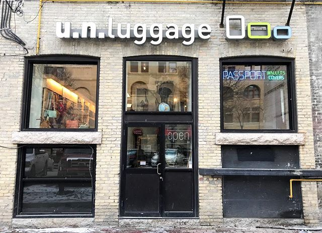 Luggage Store, Travelling, Traveller, Unique Finds in Downtown, Downtown Winnipeg, The Exchange District, Christmas, Holidays