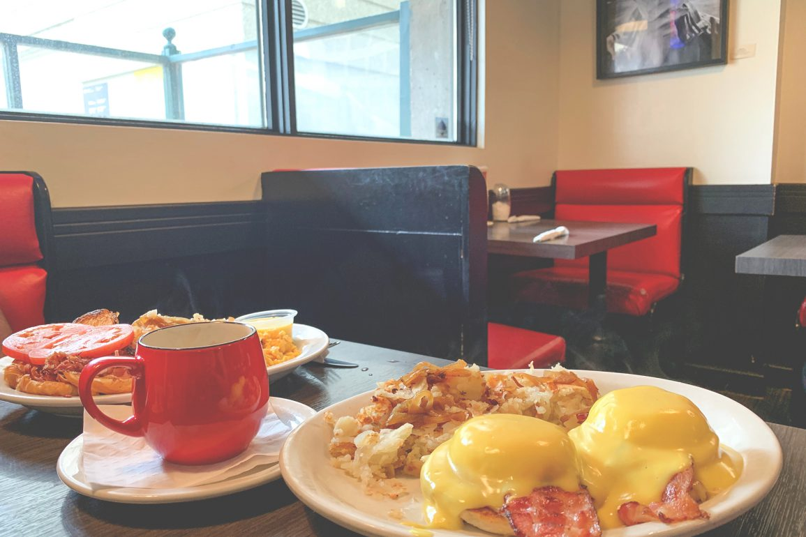 Breakfast place in Winnipeg, Winnipeg Breakfast, Breakfast place in downtown Winnipeg, downtown winnipeg living, living in downtown winnipeg