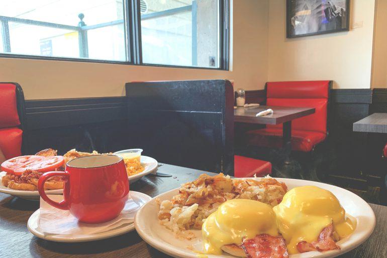Breakfast place in Winnipeg, Winnipeg Breakfast, Breakfast place in downtown Winnipeg, downtown winnipeg living, living in downtown winnipeg